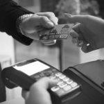 Il cashback si allarga: sì al rimborso anche per bollo auto, assicurazione e multe