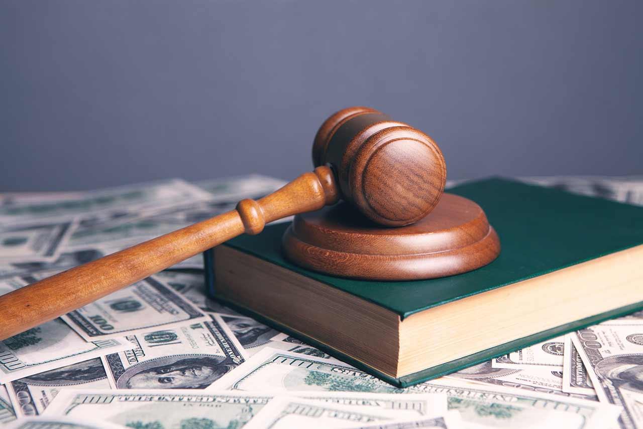 """Configurabilità del reato di esercizio arbitrario delle proprie ragioni in luogo dell'estorsione in capo al terzo """"non concorrente"""": il tribunale di bologna alleggerisce l'impianto accusatorio"""