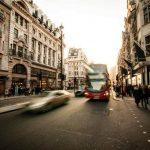 Precedenza alle bici e Autovelox fissi, arriva la riforma del Codice della Strada